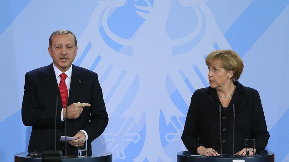 Ο θυμός του Ερντογάν για το Νόμπελ και τη Μέρκελ