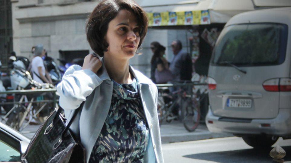 Η Λαγκάρντ ξαναστέλνει την Βελκουλέσκου στην Αθήνα