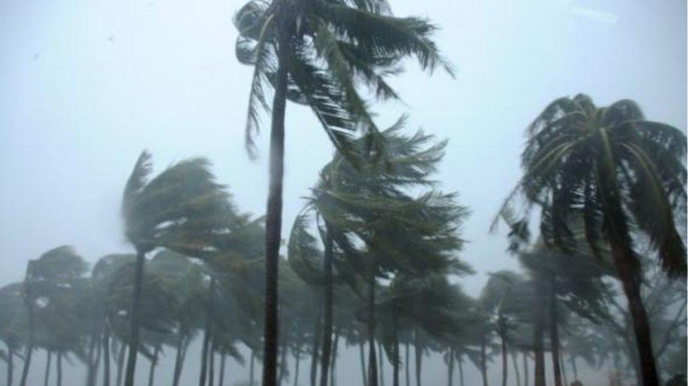 Φιλιππίνες: Πάνω από 10.000 ανθρώπους έχει εκτοπίσει ο τυφώνας «Κοπού»