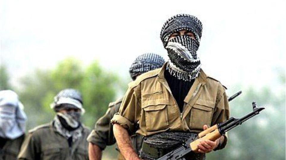 Τουρκία: Τέσσερις στρατιώτες και πάνω από 20 Κούρδοι αντάρτες σκοτώθηκαν σε συγκρούσεις