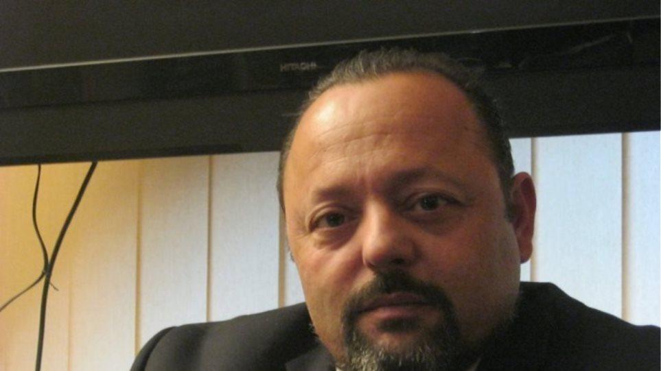 Συνελήφθη ο Αρτέμης Σώρρας που έταζε 20.000 ευρώ σε όσους τον ψηφίσουν