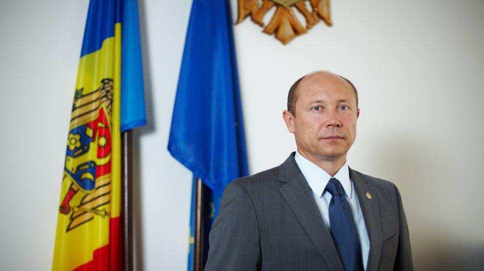 Μολδαβία: Το κοινοβούλιο απέπεμψε την κυβέρνηση και τον πρωθυπουργό
