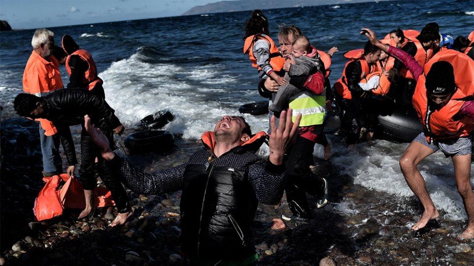 9cdbf3854af3 Νέα τραγωδία  13 παιδιά και 9 ενήλικες πρόσφυγες νεκροί στο Αιγαίο