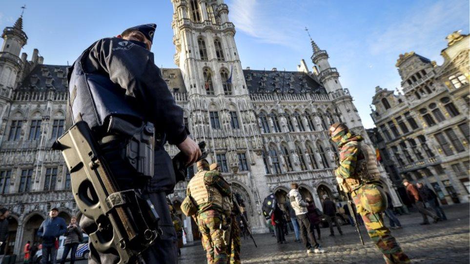 Βέλγιο: Παραμένει το lockdown μέχρι τη Δευτέρα - Ανοίγουν την Τετάρτη μετρό και σχολεία