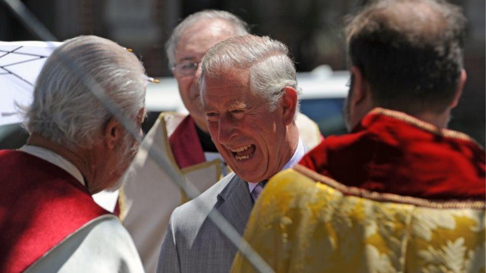 Πρίγκιπας Κάρολος: Ο πόλεμος στη Συρία και οι τρομοκρατικές επιθέσεις οφείλονται... στην κλιματική αλλαγή!