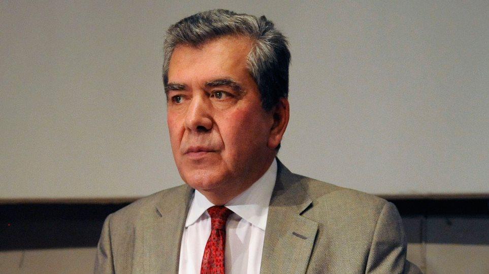 Μητρόπουλος: Κι όμως, η «ρήτρα εισοδήματος» για τις κατώτατες συντάξεις έχει ήδη ψηφιστεί