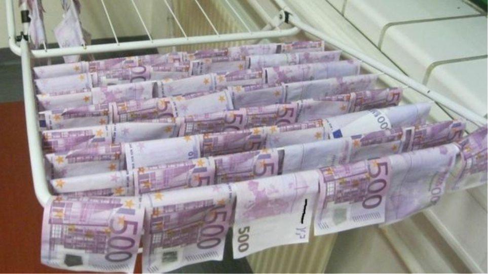 Αυστρία: Βρέθηκαν 100.000 ευρώ να επιπλέουν στον Δούναβη!