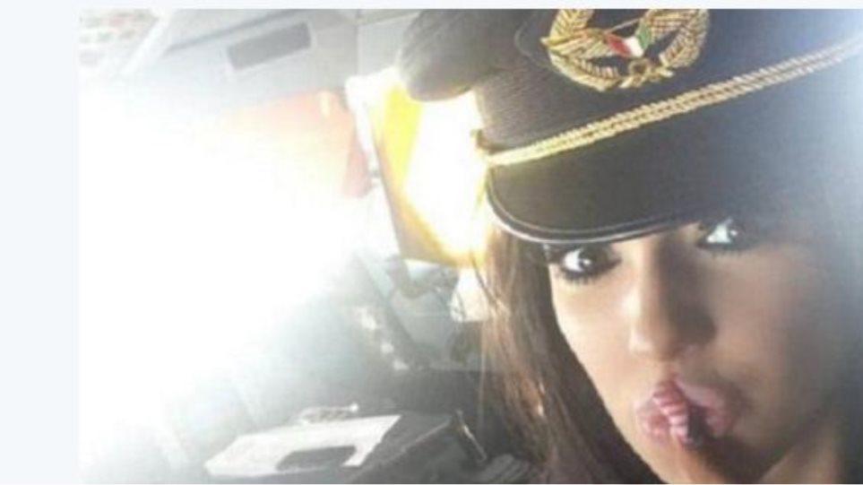Πιλότος του Κουβέιτ απολύθηκε γιατί πετούσε παρέα με... πορνοστάρ