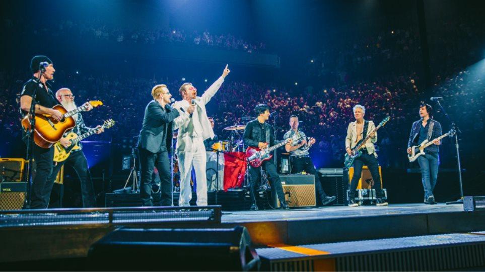 Eagles of Death Metal: Δίπλα στους U2 μετά τις επιθέσεις στο Παρίσι