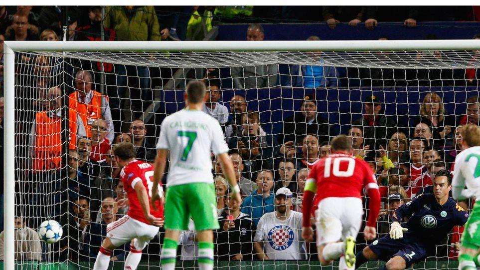 Βίντεο: Εκτός Champions League η Μάντσεστερ Γιουνάιτεντ, πέρασε η Αϊντχόβεν
