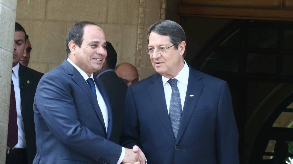 Συνάντηση Αναστασιάδη - Σίσι αυτήν την ώρα στην Αθήνα
