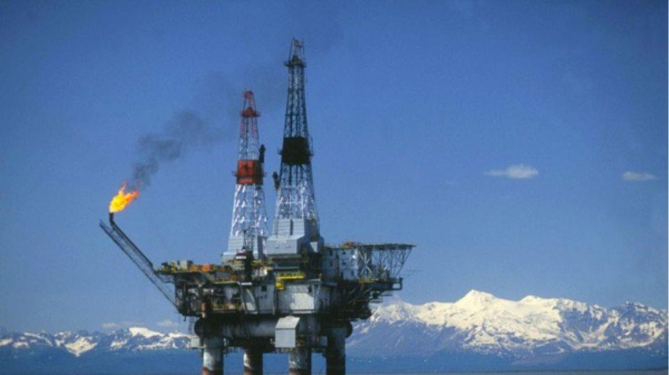 Έσπασε το «φράγμα» και των 37 δολαρίων η τιμή του πετρελαίου