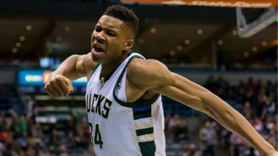 Πάλι στο top-10 του NBA ο Αντετοκούνμπο με φοβερό κάρφωμα