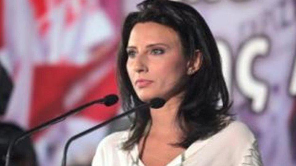 Διαφωνεί αλλά ψηφίζει τις διατάξεις για τα «κόκκινα» δάνεια η Νίνα Κασιμάτη του ΣΥΡΙΖΑ