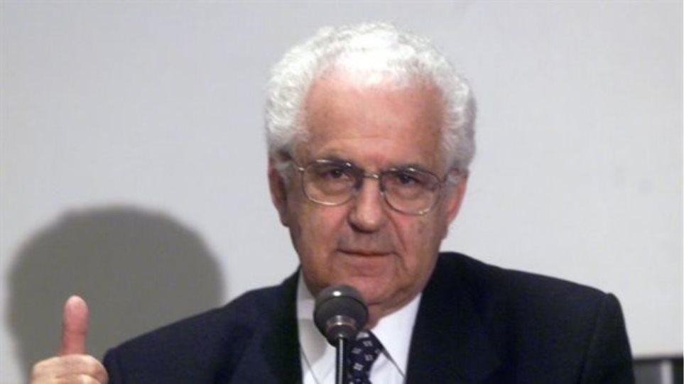 Ψήφισμα της Συγκλήτου του ΕΚΠΑ στη μνήμη του Κωνσταντίνου Α. Δημόπουλου