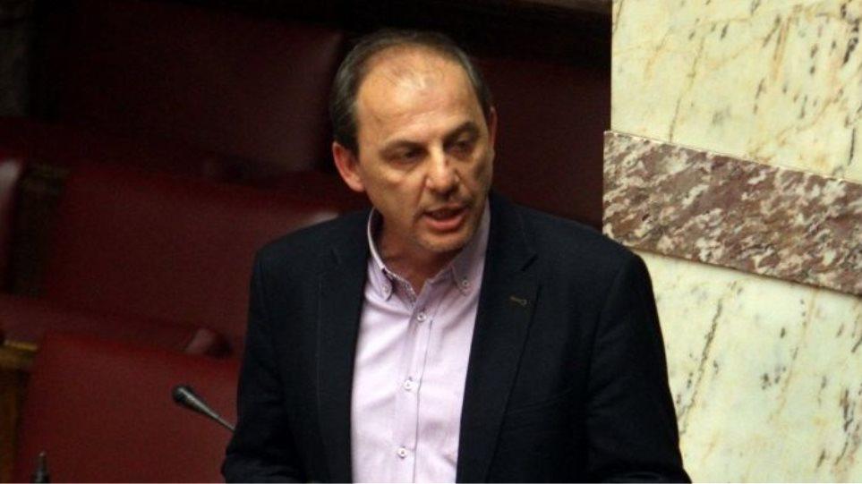 Βουλευτής ΣΥΡΙΖΑ για πολύτεκνους: «Τους απεχθάνομαι, τους γράφω στα παλιά μου τα παπούτσια»