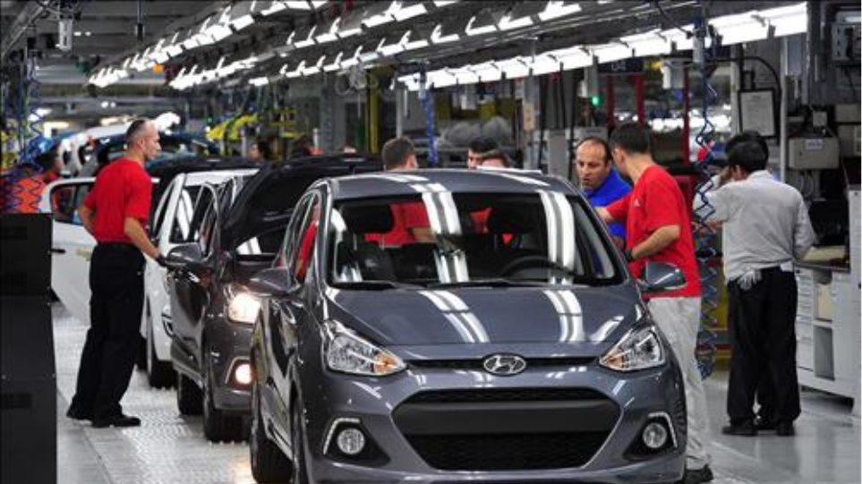 Τουρκία: Έσπασαν κάθε ρεκόρ οι εξαγωγές αυτοκινήτων μέσα στο 2015