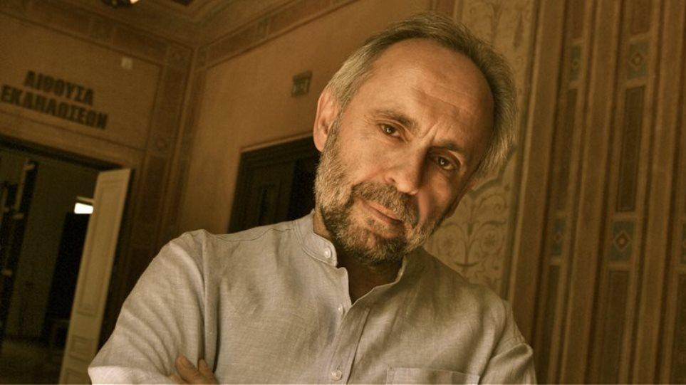 Σωτήρης Χατζάκης: Εκεί που ανεβαίνει το έργο του Ξηρού, είχα προγραμματίσει Τένεσι Ουίλιαμς