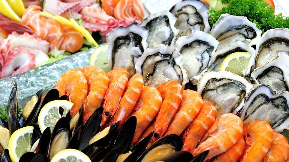 Η καλύτερη τροφή για τον εγκέφαλο τα θαλασσινά, λένε οι επιστήμονες