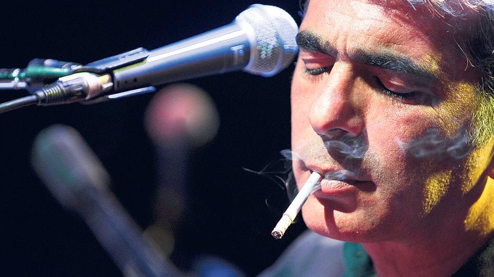 Δημήτρης Μυστακίδης: Εβαλε την «Ταμπακέρα» στo top 10 των ευρωπαϊκών charts