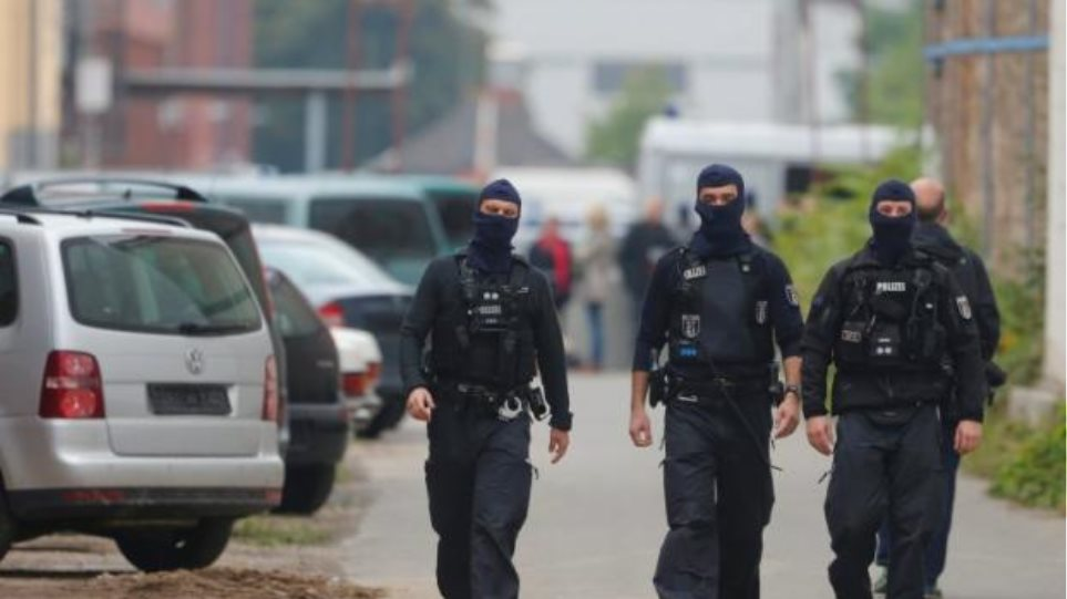 Γερμανία: Συνελήφθη Μαροκινός που πιθανόν συνδέεται με τις επιθέσεις στις Βρυξέλλες