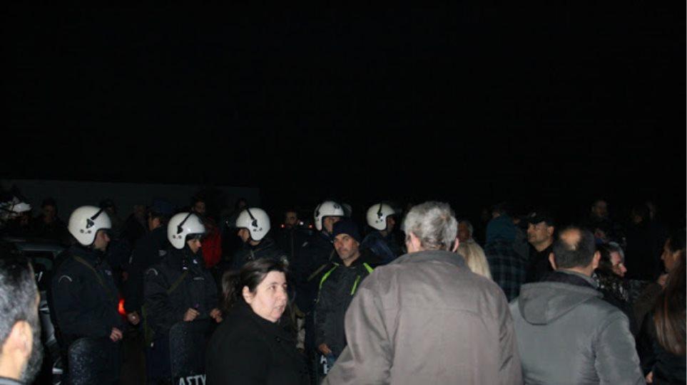 «Υπήρξε έλλειψη ενημέρωσης» λένε οι κάτοικοι στη Βέροια για την ένταση με τους πρόσφυγες