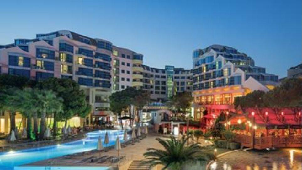 World Travel Awards 2016: Δείτε ποια ελληνικά ξενοδοχεία διεκδικούν διακρίσεις