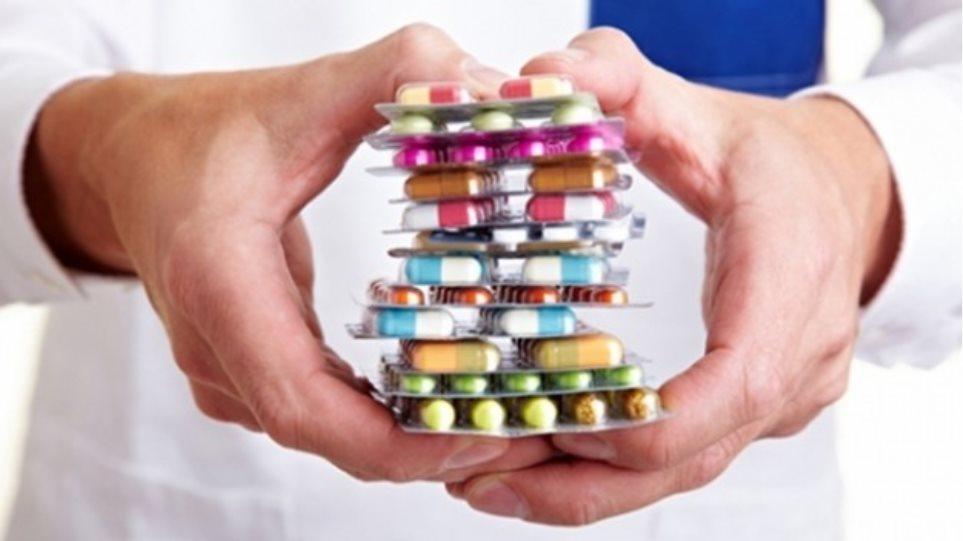 «Πρωταθλητές» οι Έλληνες στην κατανάλωση φαρμάκων