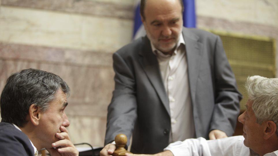 Βουλή: ΣΥΡΙΖΑ και Αλεξιάδης αρνήθηκαν να ενημερώσουν για την διαπραγμάτευση