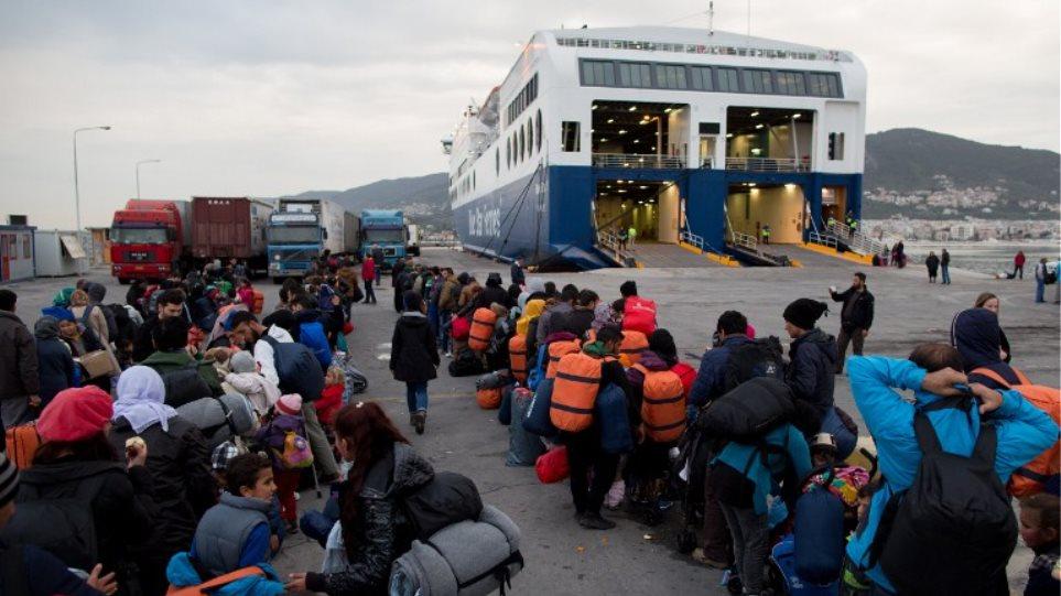 Κομισιόν: Μείωση στις προσφυγικές ροές από τις 20 Μαρτίου