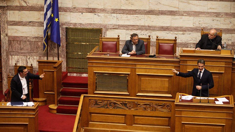 Τσίπρας-Κυριάκος: Η «μετωπική» στη Βουλή έβγαλε αίτημα για εκλογές