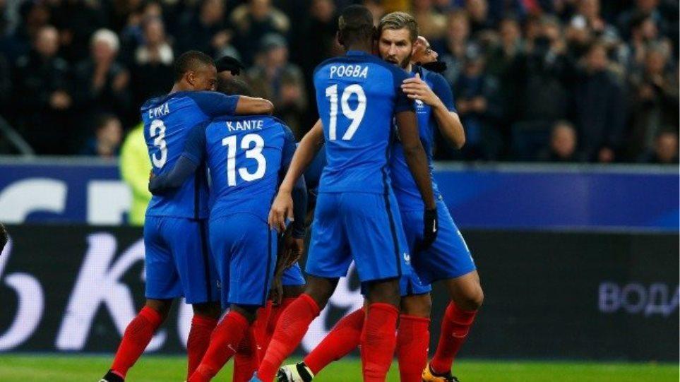Τεσσάρα της Γαλλίας επί της Ρωσίας στην επιστροφή της στο Stade de France