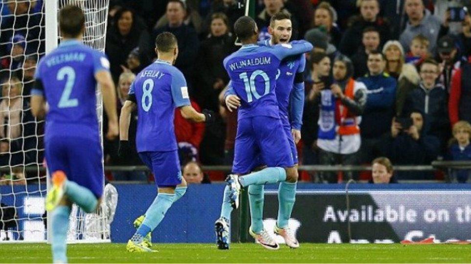 Βίντεο: Νίκη της Ολλανδίας μέσα στο Γουέμπλεϊ επί της Αγγλίας