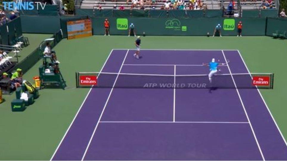 Δείτε τον πιο απίστευτο «πόντο» σε αγώνα τένις