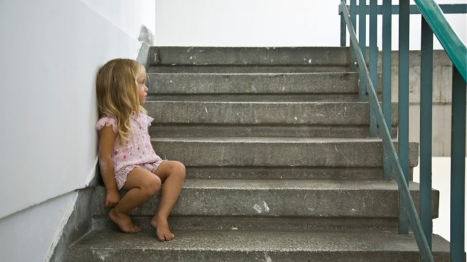 Το 40% των άστεγων παιδιών στον κόσμο οφείλεται στη φτώχεια
