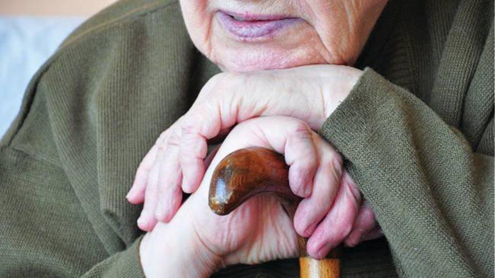 Αίγιο: Λογιστής «μαϊμού» εξαπάτησε ηλικιωμένη