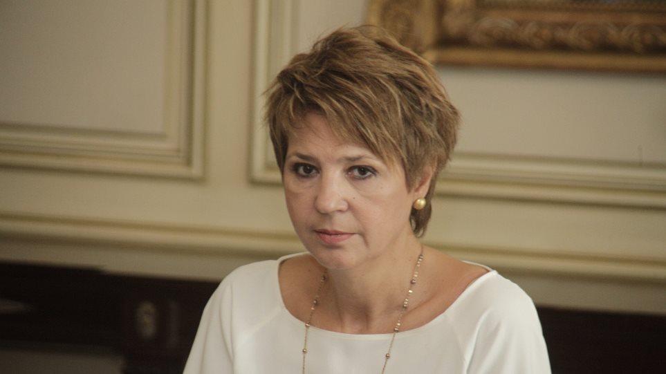 Γεροβασίλη: «Λεκτικό ατόπημα» οι απειλές Πολάκη κατά της ζωής δημοσιογράφου