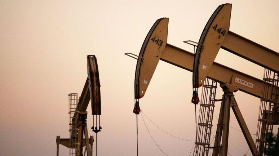 Νέα πτώση για το πετρέλαιο - Αμφιβολίες για την επίτευξη συμφωνίας στην Ντόχα