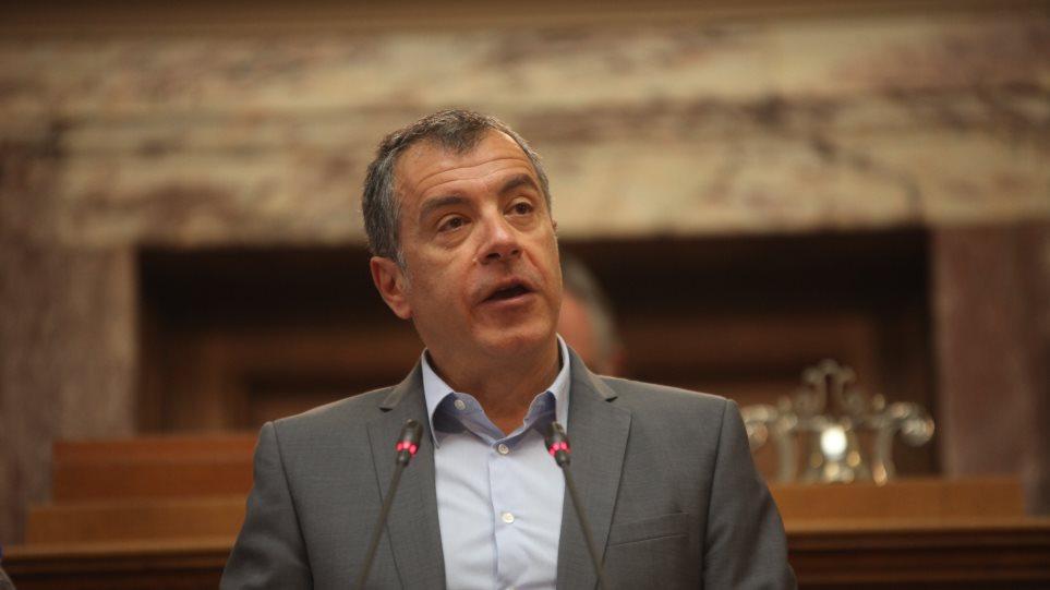 Θεοδωράκης: «Η λύση είναι μία, να κόψουμε τις σπατάλες του κράτους»