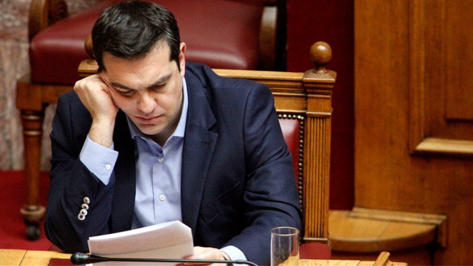 Σκηνικό κρίσης ξανά από την κυβέρνηση για να περάσει τα μέτρα