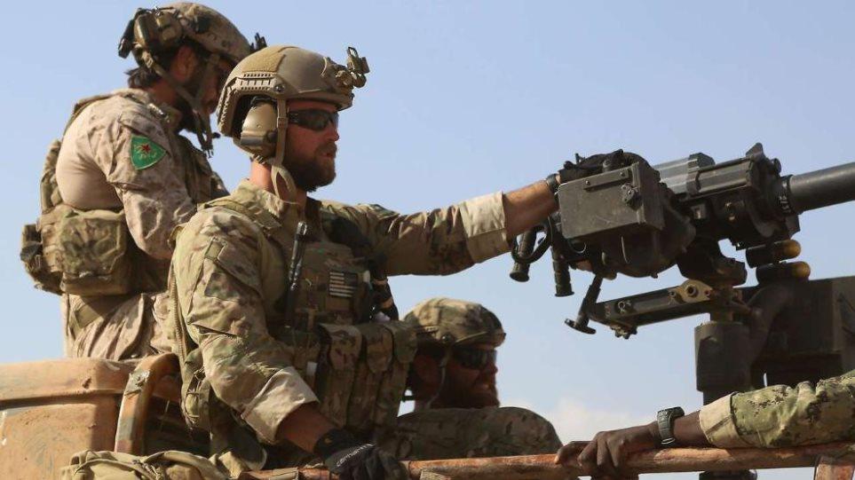Οργή Τουρκίας για Αμερικανούς στρατιώτες που φορούν κουρδικά διακριτικά