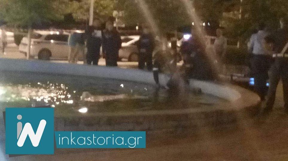 Σοκ στην Καστοριά: Νεκρός μέσα στο συντριβάνι κεντρικής πλατείας