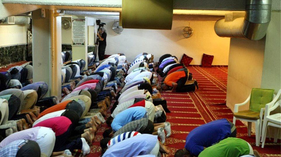 Σε Αθήνα και Θήβα τα πρώτα τζαμιά που πήραν «άδεια λειτουργίας»
