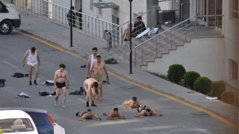 «Πογκρόμ» από τον Ερντογάν: Ξήλωσε 6.000 στρατιωτικούς και δικαστικούς