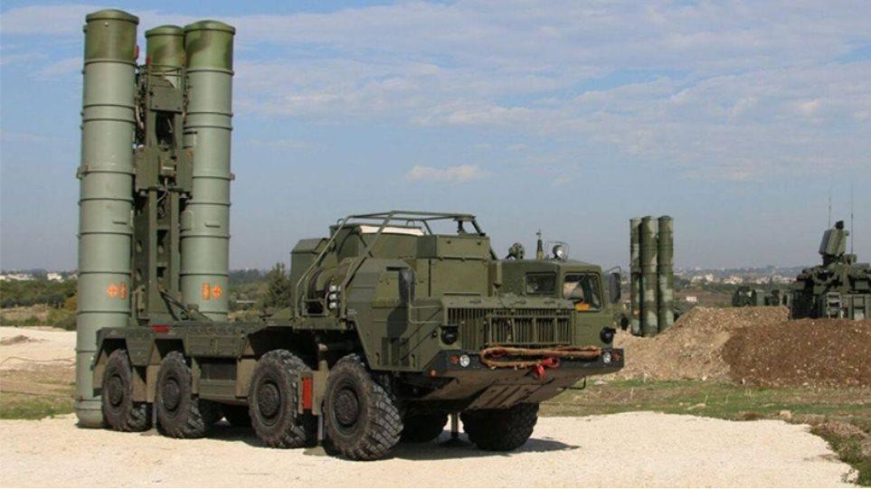 Πυραύλους S-400 έστειλε  η Ρωσία στην Κριμαία