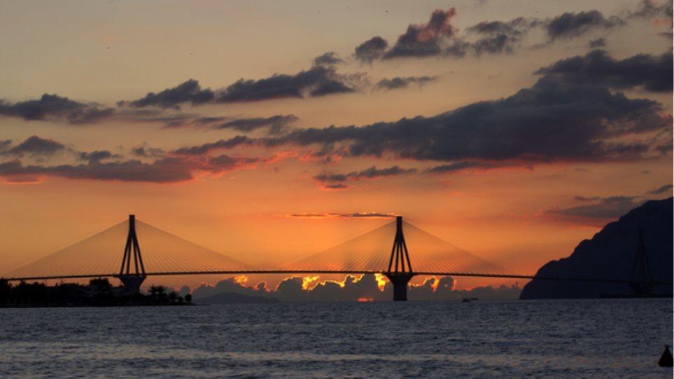 «Γενέθλια» για τη γέφυρα Ρίου-Αντιρρίου - Κλείνει 12 χρόνια λειτουργίας