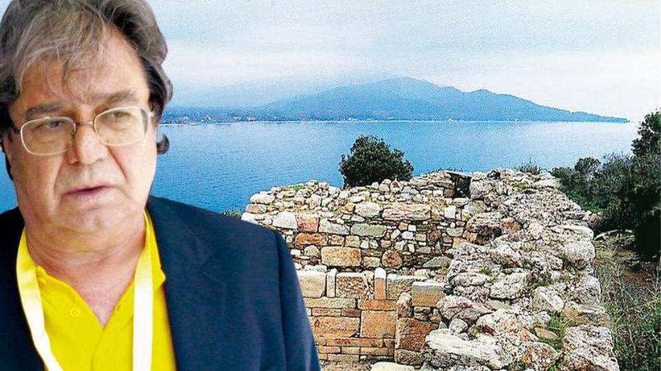 Βραβεύτηκε για την ανακάλυψη του τάφου του Αριστοτέλη ο Κώστας Σισμανίδης