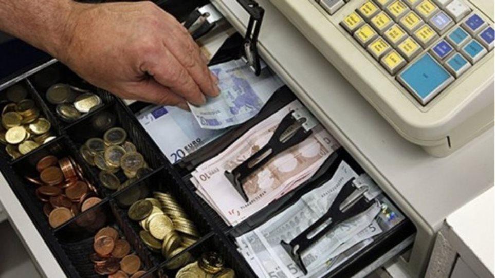 Βρετανός βούτηξε 5.000 ευρώ από το ταμείο ενός μπαρ στη Χερσόνησο