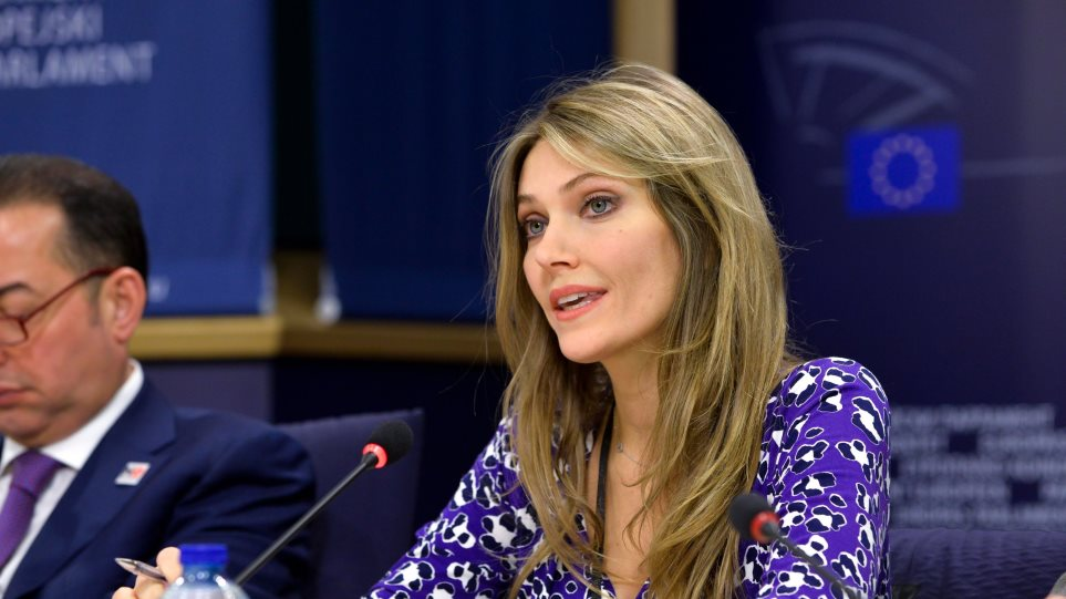 Καϊλή: Ζητά άμεση δράση από την Κομισιόν για τις θεσμικές εκτροπές στα ΜΜΕ