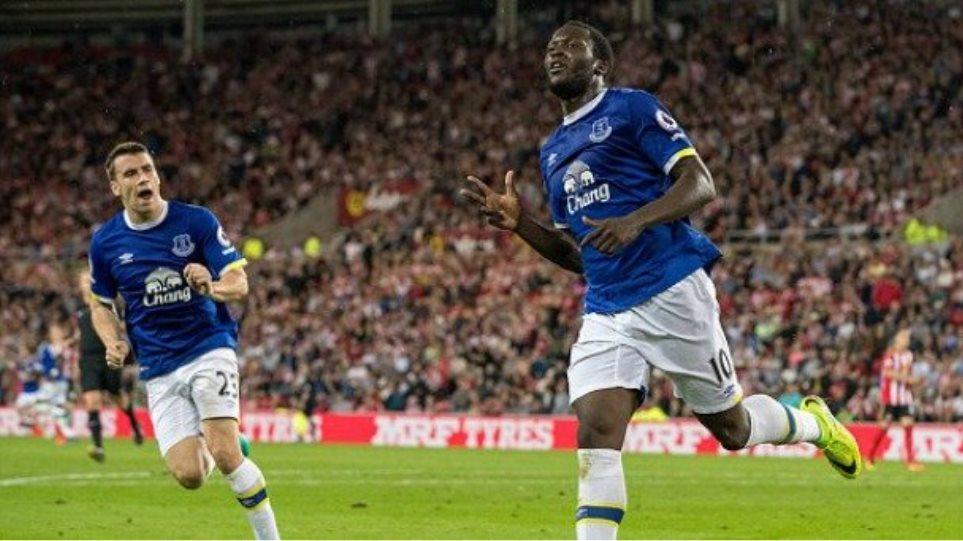 Βίντεο: Ασταμάτητος Λουκάκου έδωσε μεγάλο διπλό στην Έβερτον, 3-0 τη Σάντερλαντ